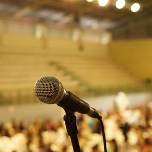 Mikrofon in einer Halle