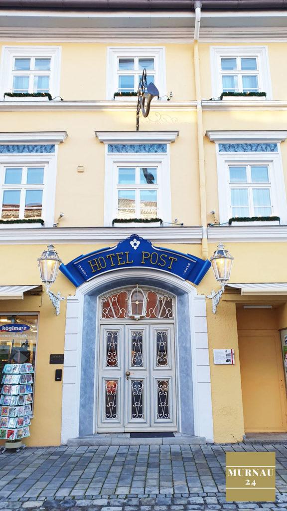 Der Eingang zum Hotel Post befindet sich in der Fußgängerzone