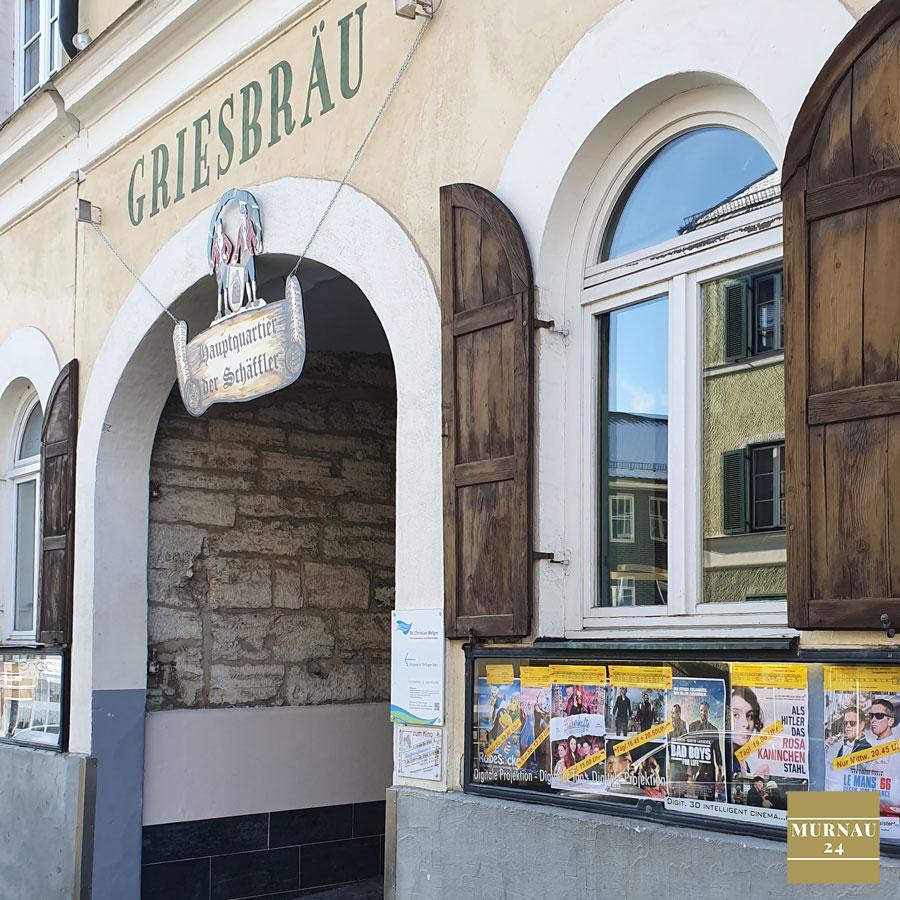Tafel zeigt das aktuelle Kino Murnau Programm