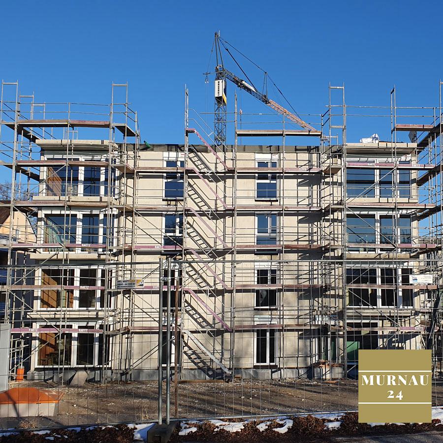 Baustelle für neue Wohnungen in Murnau